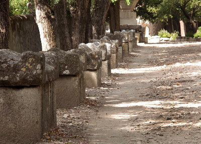 The Allee des Sarcophages @GingerandNutmeg #Provence #Arles #Alyscamps