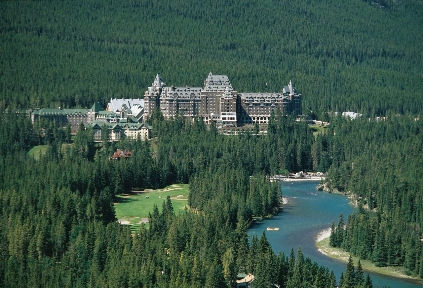 Fairmont Banff Springs Exterior view