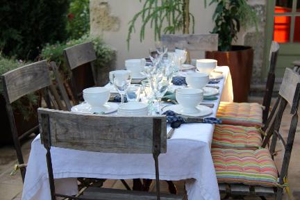 Provencal Table #Provence #DiningAlfresco @GingerandNutmeg