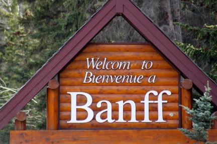 Banff Sign #Banff #Alberta @GingerandNutmeg