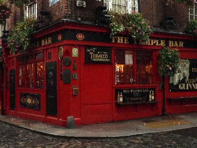 Temple Bar Dublin @GingerandNutmeg