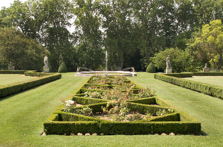 Jardin d'Albertas middle level