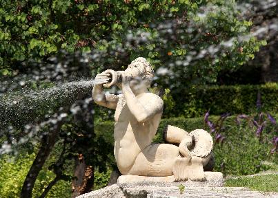 Jardin d'Albertas Fountain