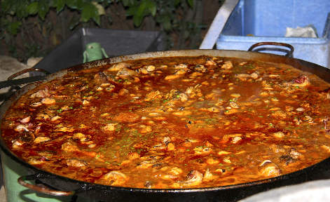 Grande Paella #Paella main dishes @gingerandnutmeg #recipes