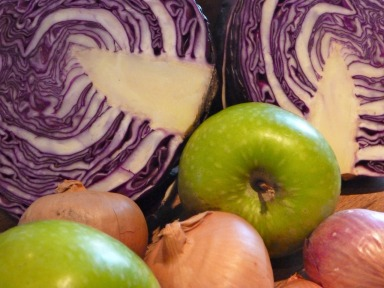 Red-cabbage-soup