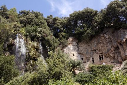 Villecroze Caves #Provence #Grottos #Var @GingerandNutmeg