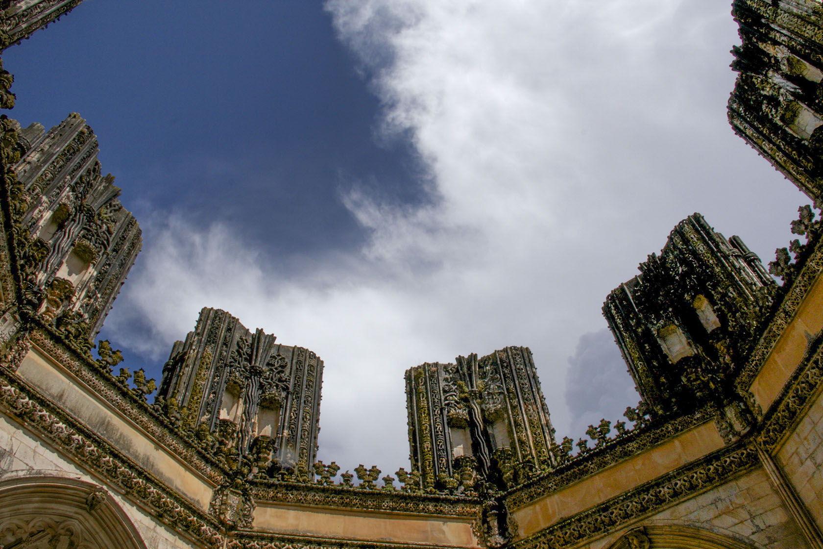 Monastre de #Batalha Unfinished Chapel #Portugal #Manueline @GingerandNutmeg