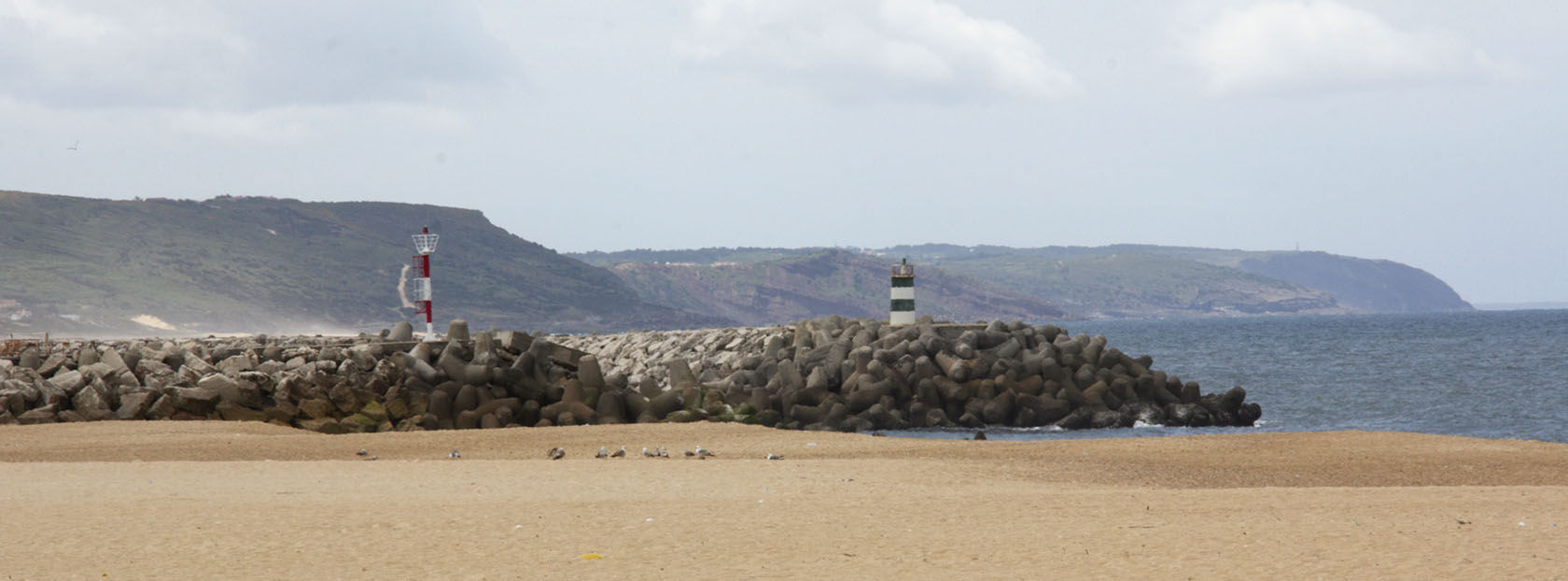 Nazare beach #Nazare #Portugal @GingerandNutmeg