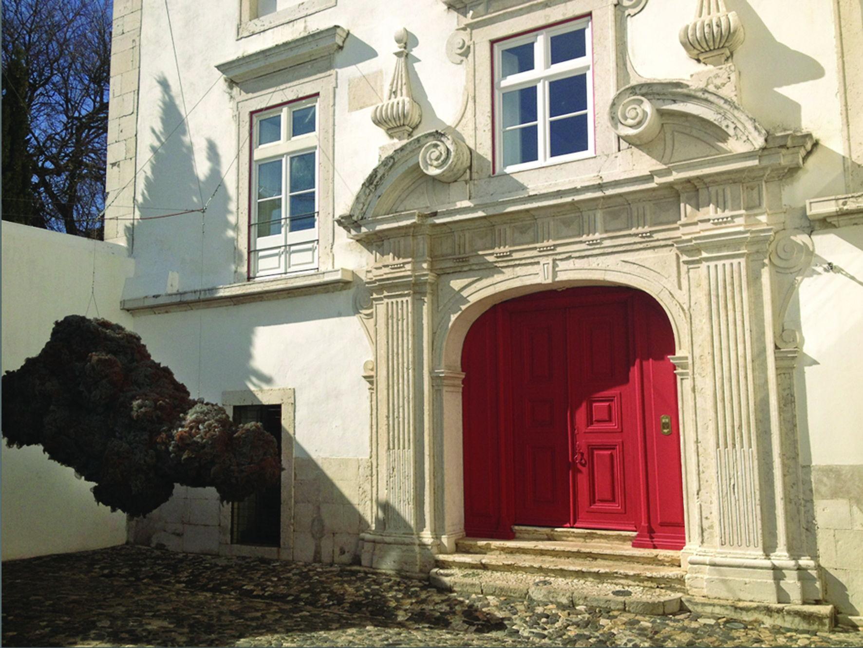 Palacio Belmonte Entrance - Camille de Ginestel #Lisbon #PalacioBelmonte #LuxuryHotels #TravelPortugal