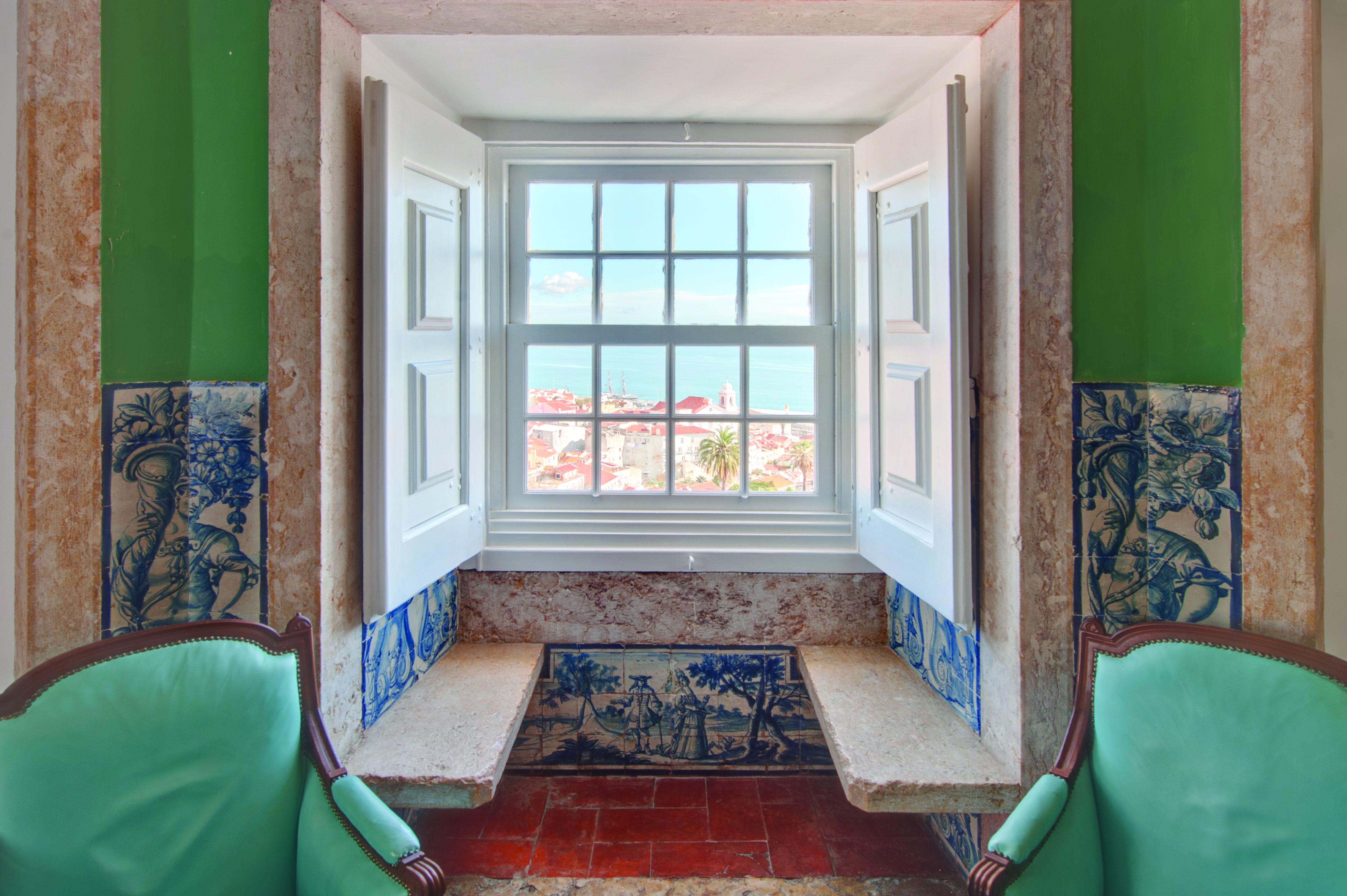 Palacio Belmonte 5a BGusmao living - Joe Condron #Lisbon #PalacioBelmonte #LuxuryHotels #TravelPortugal