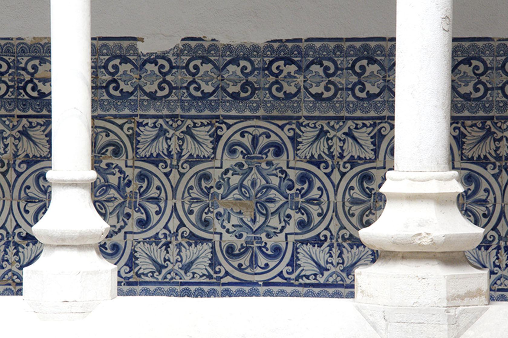 azulejos #Portugal #Azulejos @GingerandNutmeg
