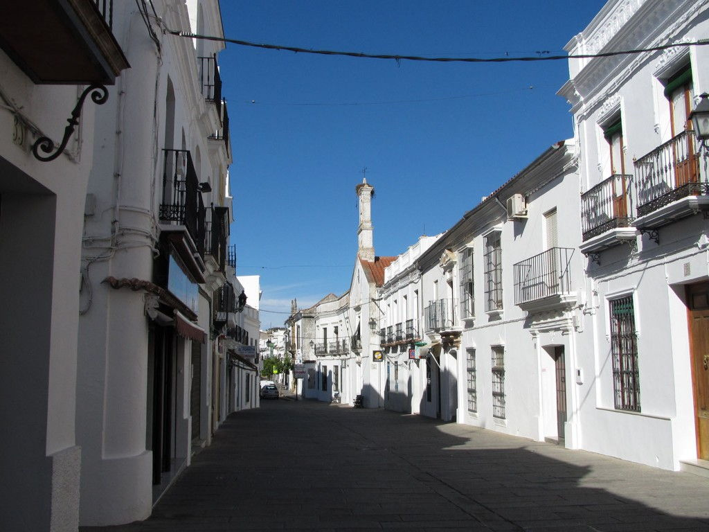 Street in Alentejo #Portugal Perfectly Planned Travel