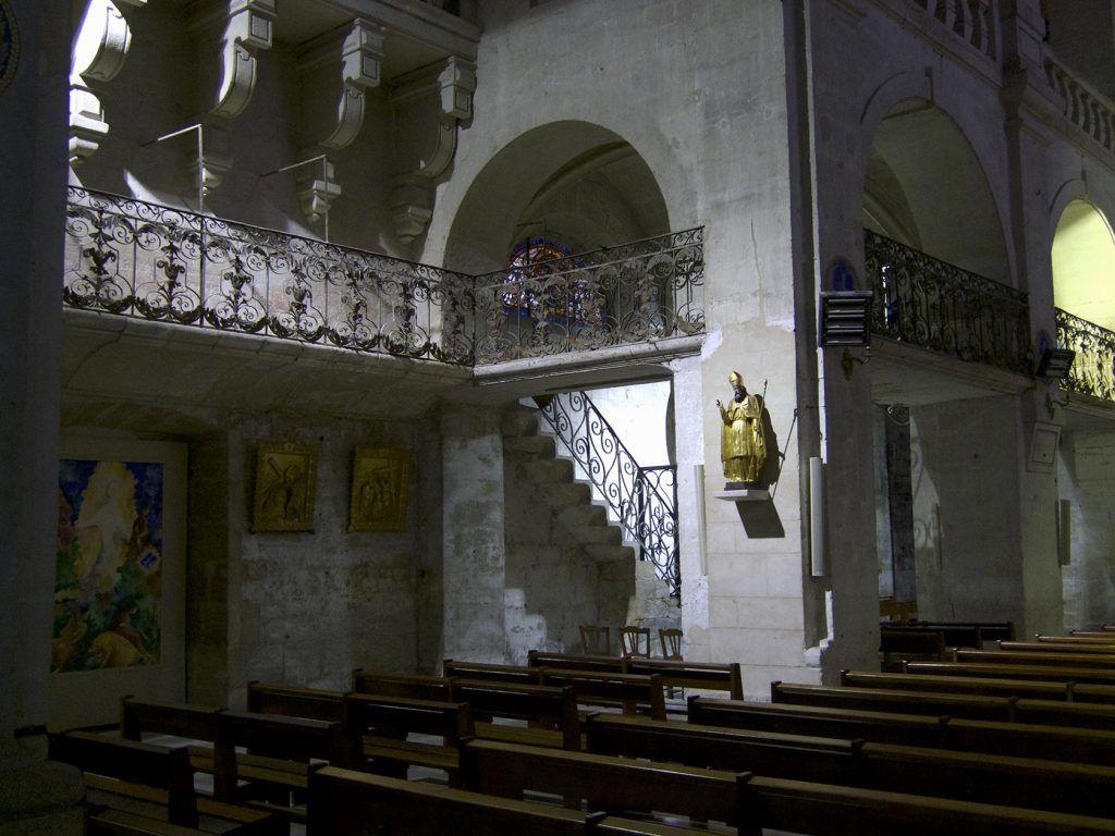 Uzes Cathedral Interior #Uzes @GingerandNutmeg