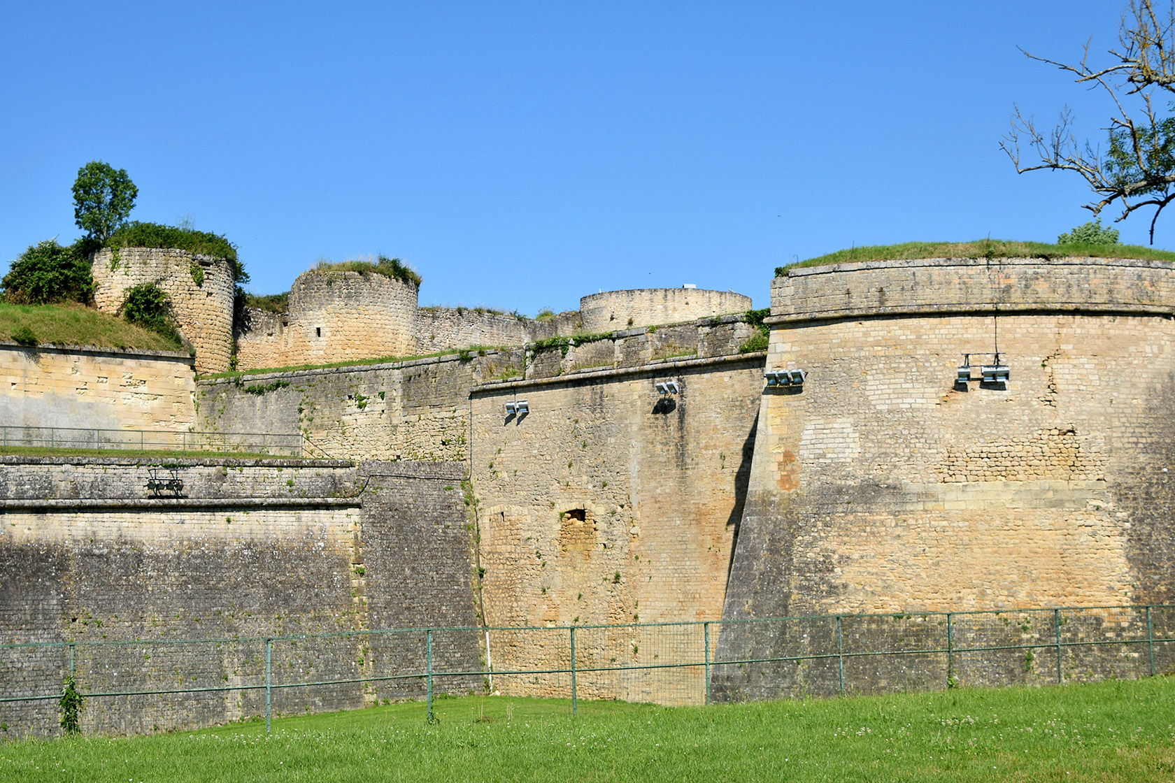 Blaye rampart walls-J.Christina