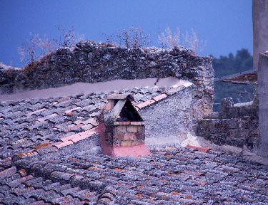 Ansouis-Village-life #Ansouis #Luberon #Provence @GingerandNutmeg